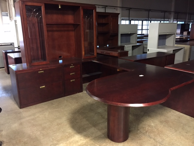 Enjoyable Used Office Desks Ofs U Shape Desk With Hutch And Glass Download Free Architecture Designs Grimeyleaguecom