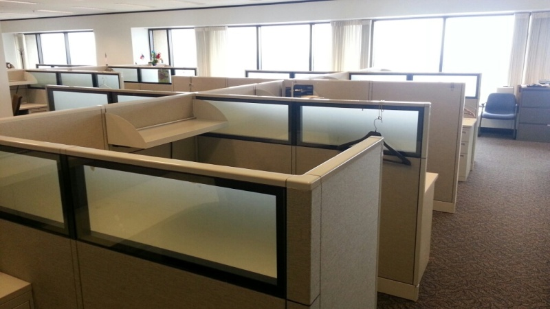 Used Office Cubicles Allsteel Concensys W Glass At Furniture Finders