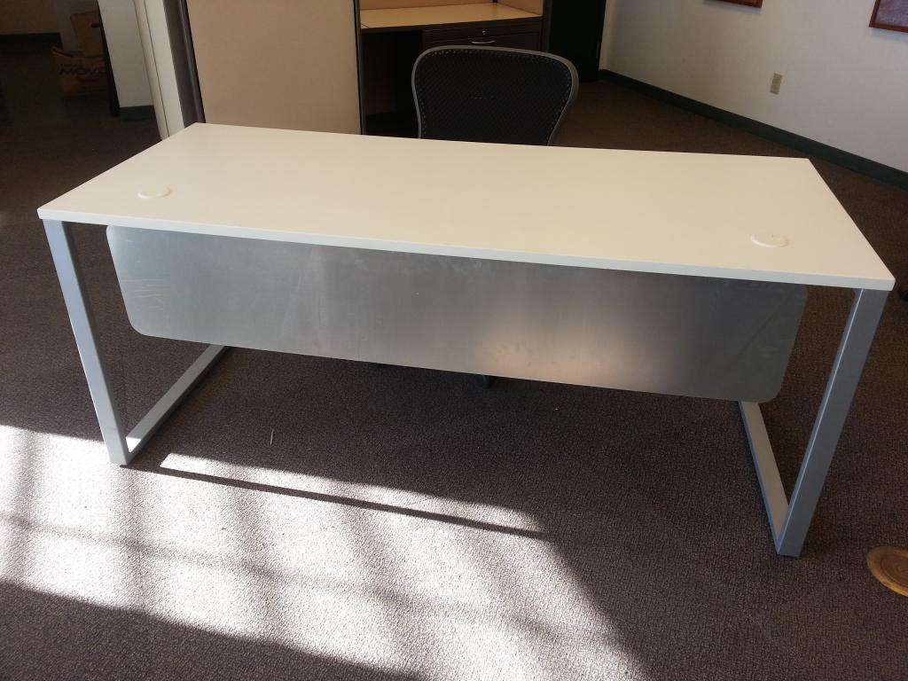 New Office Desks New White Desks In Omaha Ne At