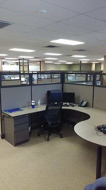 Office Furniture: Refurbished Office Cubicles : Refurbished Herman Miller