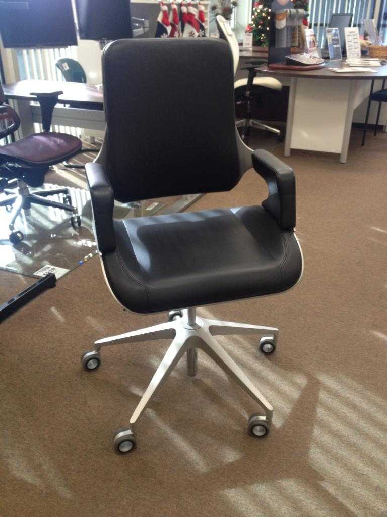 Used Office Chairs Interstuhl Silver Chairs At Furniture Finders