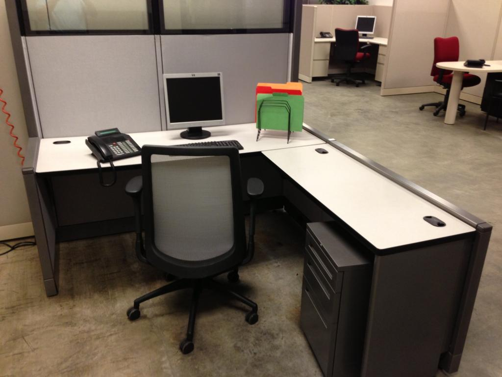 Used Office Cubicles Allsteel Concensys Cubicles W Glass At Furniture Finders