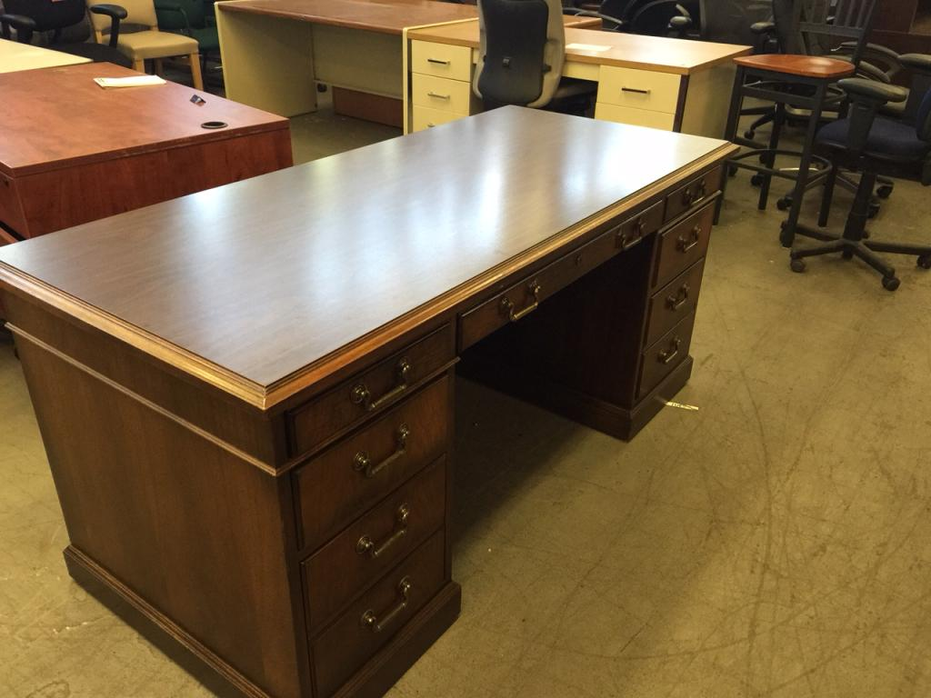 Used office desks executive desk by kimball office furniture at furniture finders - Kimball office desk ...