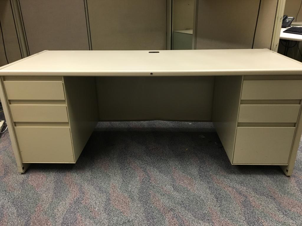 Used Office Desks Steelcase 9000 Unit Assembly At