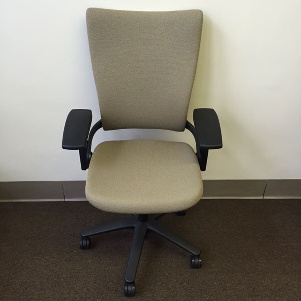 Used Office Chairs Pre Owned Allsteel Sum Office Chair At Furniture Finders