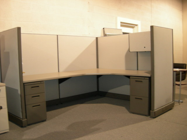 Herman Miller AO2 Series Used Cubicles: Herman Miller AO2 6'x8' - click to see full size photo