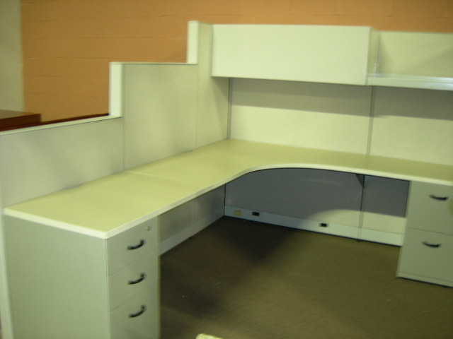 Steelcase Answers  Used Cubicles: Steelcase Answers Variable Height 6' x 8' Cubicle - click to see full size photo