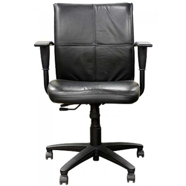 Used Office Chairs Turnstone Black Leather Jacket Chairs