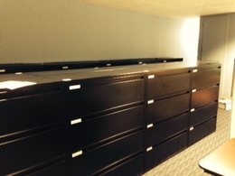 LIKE NEW Spacesaver 42w 4 drawer lateral file