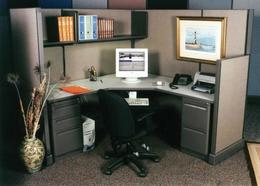 Remanufactured Herman Miller Used Stations