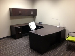 Executive U-shaped Private Office