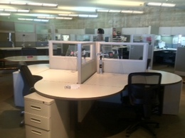 New Friant Systems 2 Cubicles