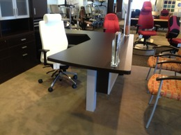 New Laminate Private Offices