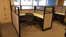 Large selection of used cubicles
