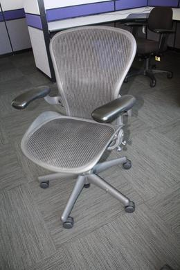 Herman Miller Aeron Chairs Size A B C Los Angeles