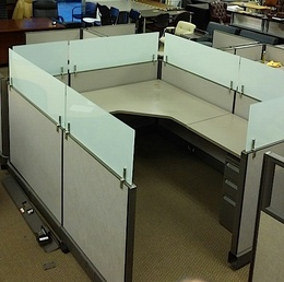 Herman Miller A02 Cubicles With Frosted Glass