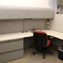 Used Knoll Morrison stations Workstations