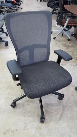 Pre-owned/Used Haworth Zody Used Office Chair