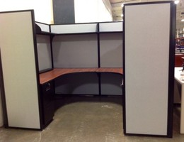 Used High Panel Maxon brand workstations  6x8