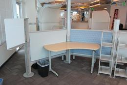8X6 stations of Herman Miller Resolve