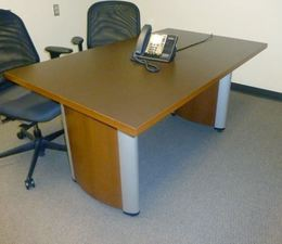 National 5' Conference Table