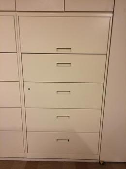 STEELCASE 5 DRAWER