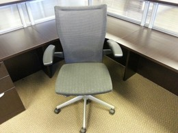 Pre-owned Haworth X99 Mesh Chairs