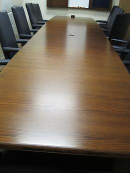 Krug 18' Conference Table