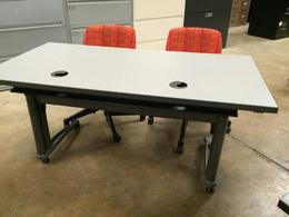 Pre-Owned Knoll Training Tables