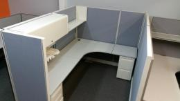 Herman Miller AO2-8x6-67H Used cubicles