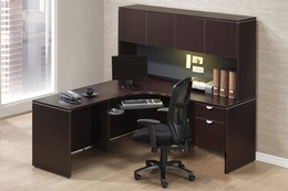 Classic L Shaped Desk in Laminate