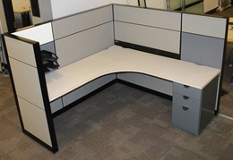 Highly Adaptable Steelcase Montage