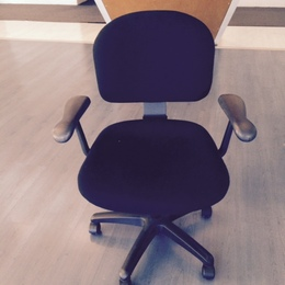 Knoll Parachute Task Chairs