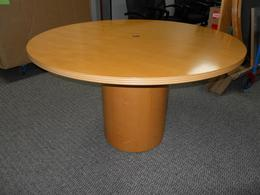 USED MAPLE ROUND TABLES