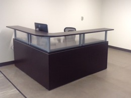 72 x 72 Reception Station Laminate