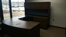U Executive desk group