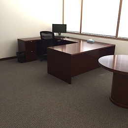 Pre-Owned U Shape Office Desks