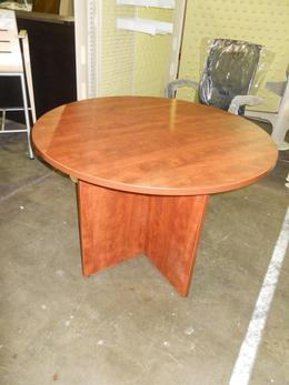 "USED LAMINATE 42"" ROUND TABLE"
