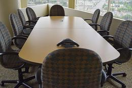 Knoll Maple w/Dark.Grey Edge Conf Table