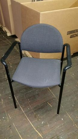 KI Versa Side Chair-Black/Gray