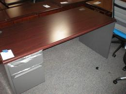 Hon 3800 Series Desk Single Pedestal Desk Mah