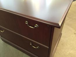 TRADITIONAL STYLE 2 DRAWER LATERAL FILE