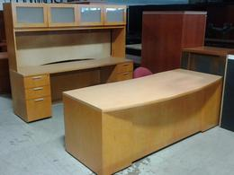 7' Executive wood desk set