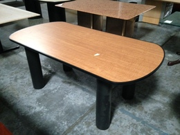 6�x3′ Cherry Laminate Conference Table