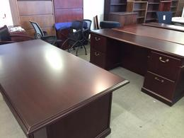 Used Steelcase Executive Desk Set