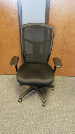 Pre-Owned High Back Mesh Chairs