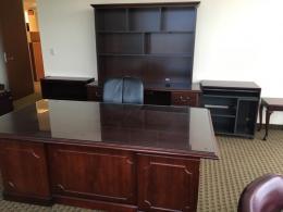 OFS Traditional Desk Set