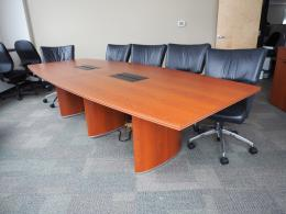 Used Office Tables In Seattle Washington WA FurnitureFinders