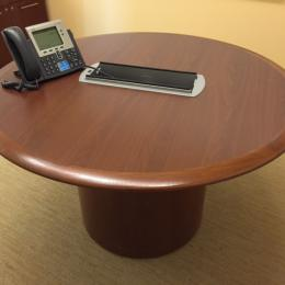 Pre-Owned Steelcase Vecta Round Tables