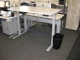 AMQ Table Desks